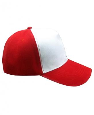Бейсболка с красным козырьком и верхом