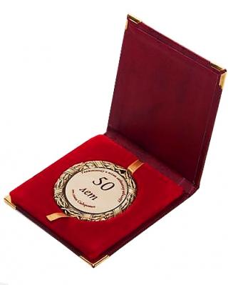 Шкатулка для медали красная