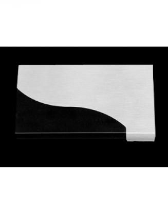 Визитница с волнообразным уголком